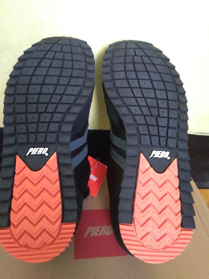 Sepatu piero uk 41 masih baru