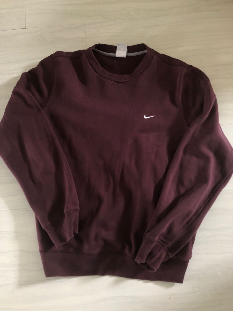 68cbb99ee8 Vintage Nike Pullover , Men's Fashion, Clothes, Tops on Carousell