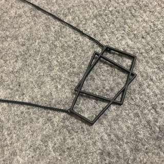 🚚 全新 / 幾何梯形消光黑項鍊