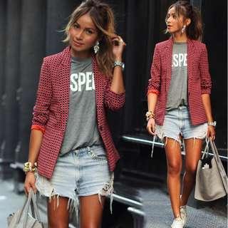 🚚 Red checkered smart blazer