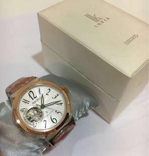 🚚 Seiko lukia佳人晶鑽機械錶