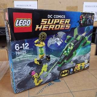 Lego 76025 - Green Lantern VS Sinestro (new and sealed,  but box has creases from shipping)