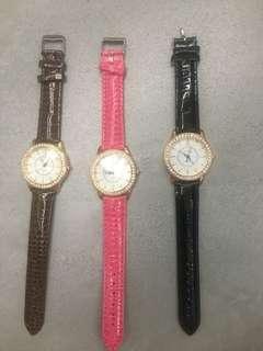 Ladies fashion watch brown / black / pink