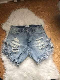 One Teaspoon Frankie Shorts - size 29