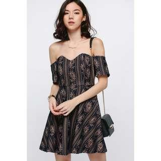 🚚 BNWT Love Bonito Beafea Off Shoulder Lace Dress