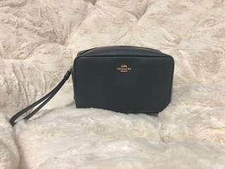 🚚 Cosmetic purse