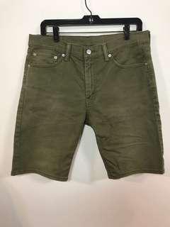 🚚 Levi's 軍綠色短褲