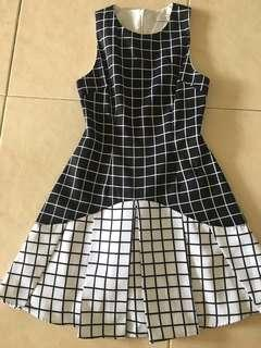 Love bonito checkered dress