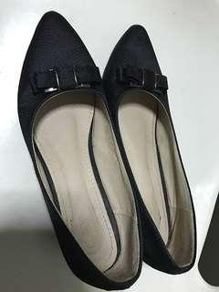 Lady wedged shoes (size 39)