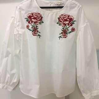 BNWT Embroidery Floral White Tops