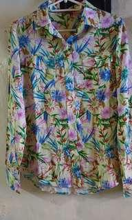 Mossimo mall pull out l9ng sleeve