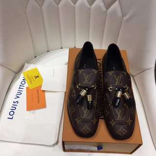 4a1ae6b5c202 Louis Vuitton LV Loafer Leather Shoes  Authentic Quality