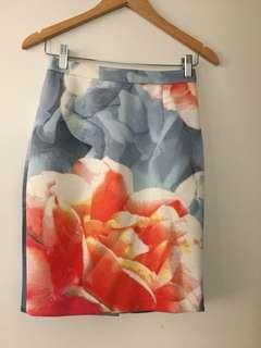 $15 SALE Keepsake Floral neoprene midi skirt - Sz S