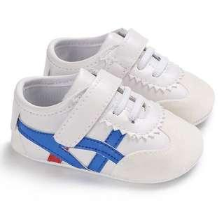 🚚 BN Baby Boy Tiger Inspired White Sneakers Size 3- 13cm for 12-18mths! Ready stock! Anti slip! First Walkers!