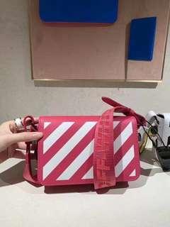 OFF WHITE 2019新款粉色小箱包🆕 Rm3xxx
