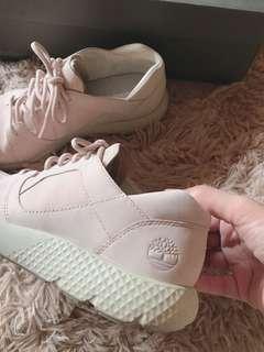 降價出清⬇️Timberland 粉色皮革休閒鞋