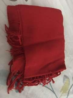 Preloved shawl scarf red