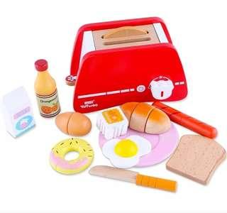 *In Stock* BN Wooden Yummy Breakfast Cutting Foods Bread Toaster Kitchen Pretend Play Toy Set