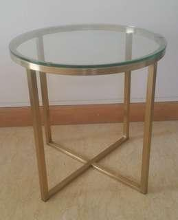 🚚 Taylor B - Round Side Table