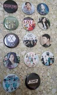 Assorted kpop badges