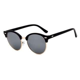 Classic Circle Sunglasses