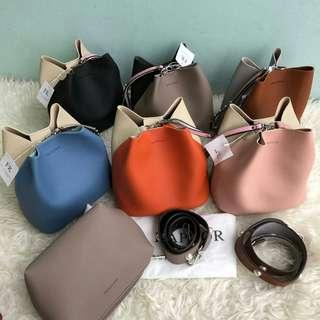 Tas Find Kapoor Free Pouch New