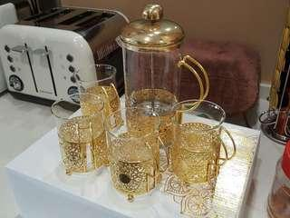 Brand New Exquisite Gold ornamented glass French Press Plunger and four glass mugs