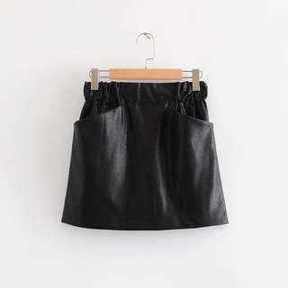 🚚 Black Leather Highwaisted Skirt