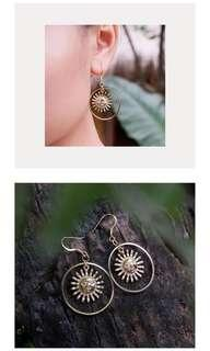Anting diskon