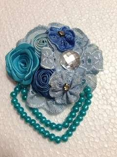 Bros biru untuk hijab