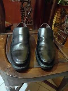 Authenthic dr martens shoe