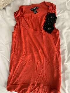 🚚 DKNY orange top
