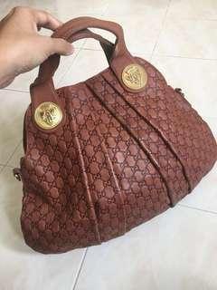 REDUCED PRICE !!Gucci hobo bag