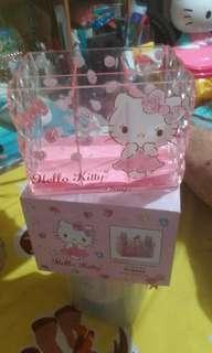 Hello Kitty 分格收納盒