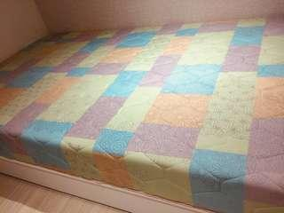 單人彈簧床加床架組