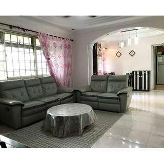 Ideal for low floor lovers & short walk to MRT Station.