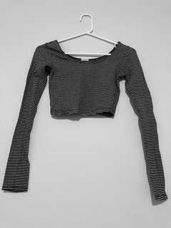 B&W Stripes Long Sleeve Crop Top