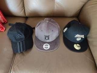 🚚 3 Men's Cap in Mint Condition for Sale