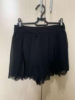 黑百褶褲裙