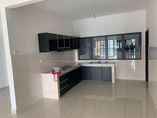 Oasis 2 rent include maintenance fees, car park, nearby MRT!