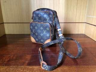 Louis Vuitton Amazon Shoulder Beg
