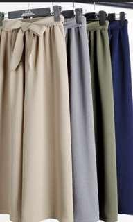🚚 Green culottes