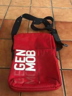 sling/messenger bag