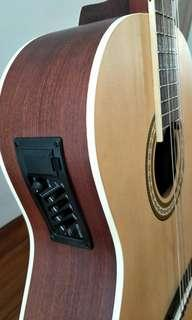 "New built-in EQ Classical guitar 39"" using Daddario strings(free fender picks while stock last)"