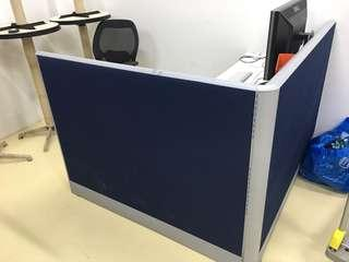 🚚 Office tables and partitions