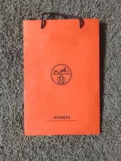 🚚 Hermes paper bag