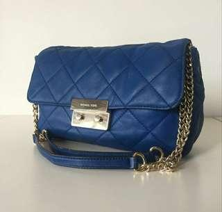 Micheal Kors Quilted 2way Bag.