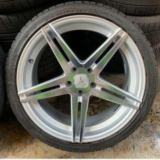 "19"" Taiwanese rims (staggered)"