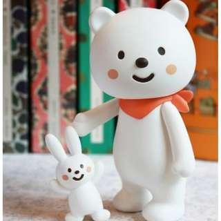 Fluffy House Ordinary Bear 2.0 and white rabbit (Vinyl toy)