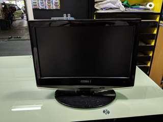 "AKIRA 19"" LCD TV"